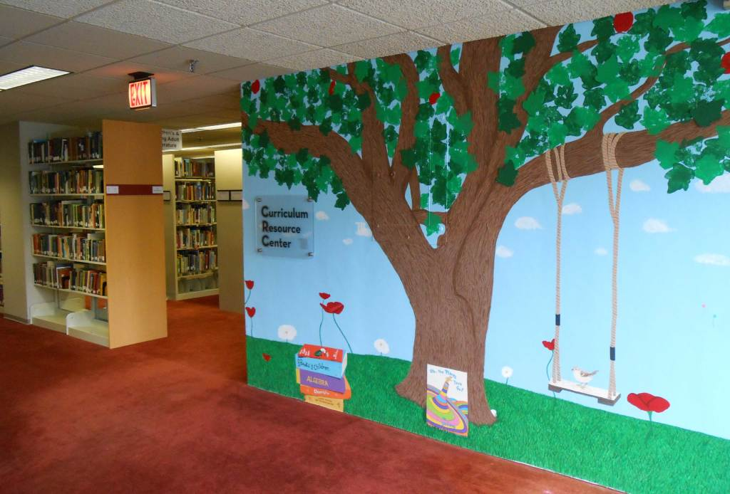 Mural by Carly Sparrow for Thomas Library's Curriculum Resource Center