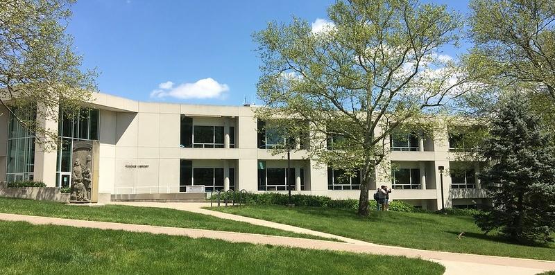 Photo of Thomas Library